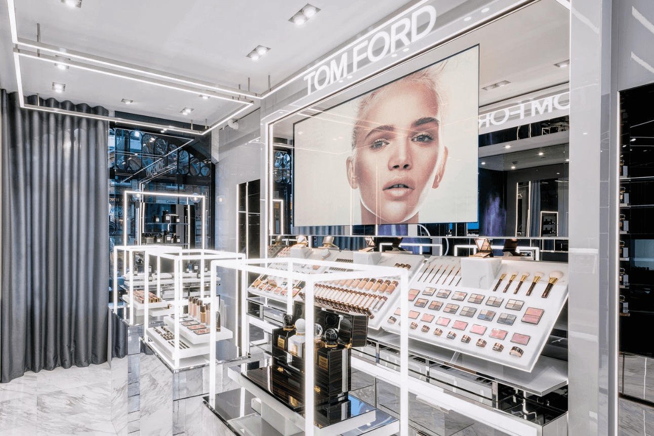 Tom Ford mağaza danışmanlığı
