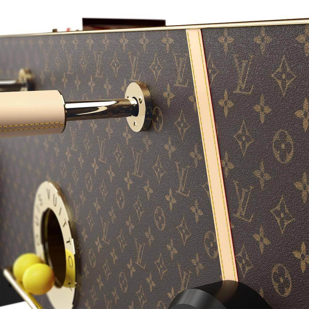 Louis Vuitton langırt masası görseller