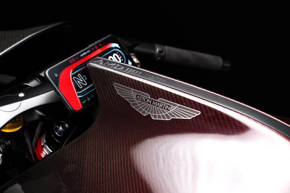 aston martin amb 001 motorsiklet bilgi