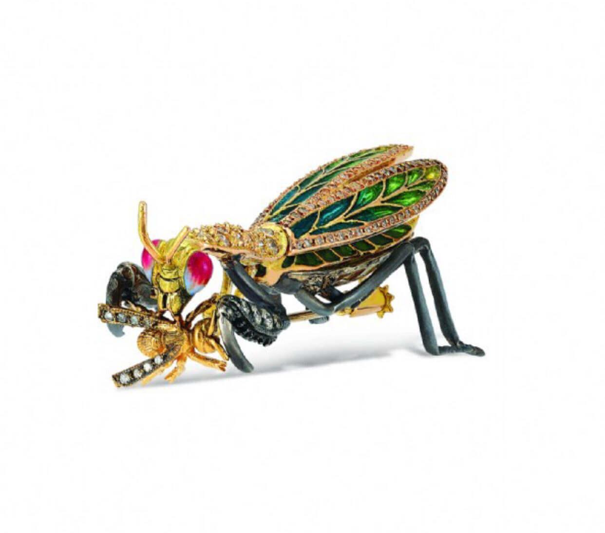 aida bergsen fly brooch