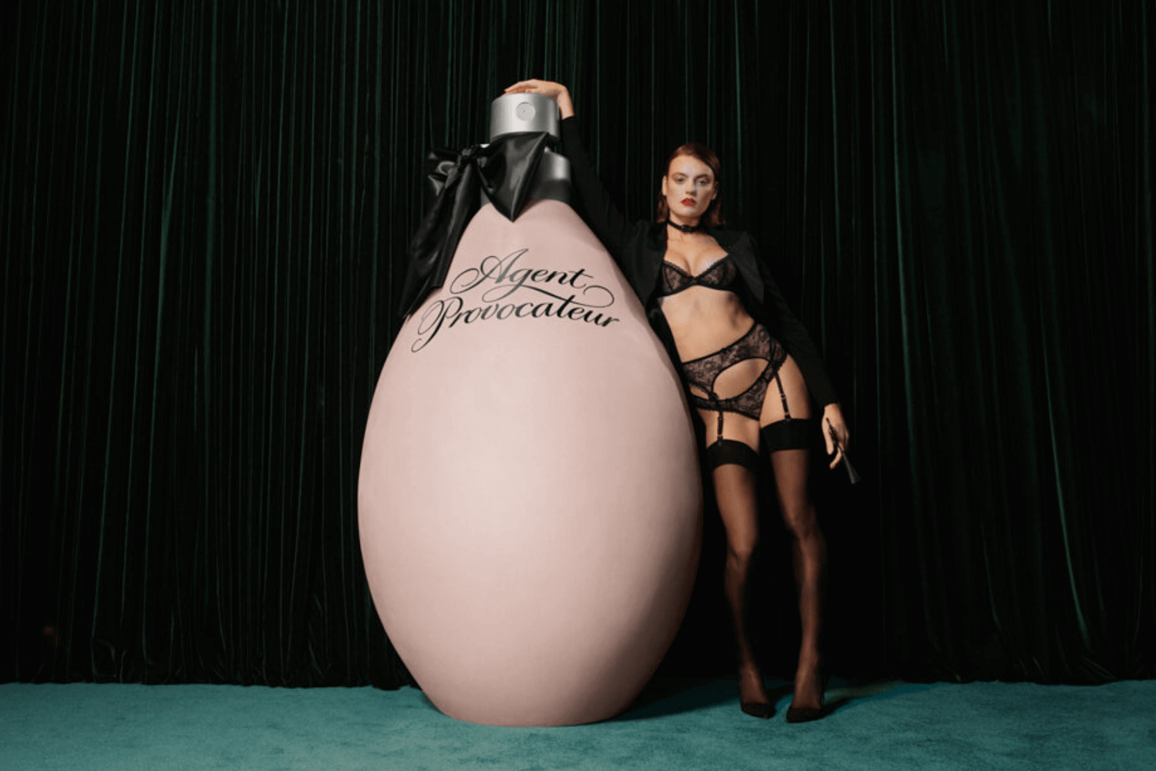 Agent Provocateur All Wrapped Up yazılar