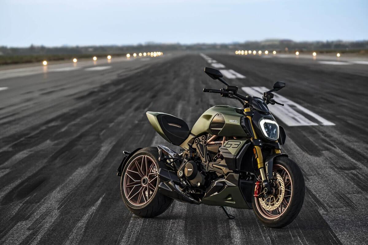 Ducati Diavel 1260 lamborghini bilgi