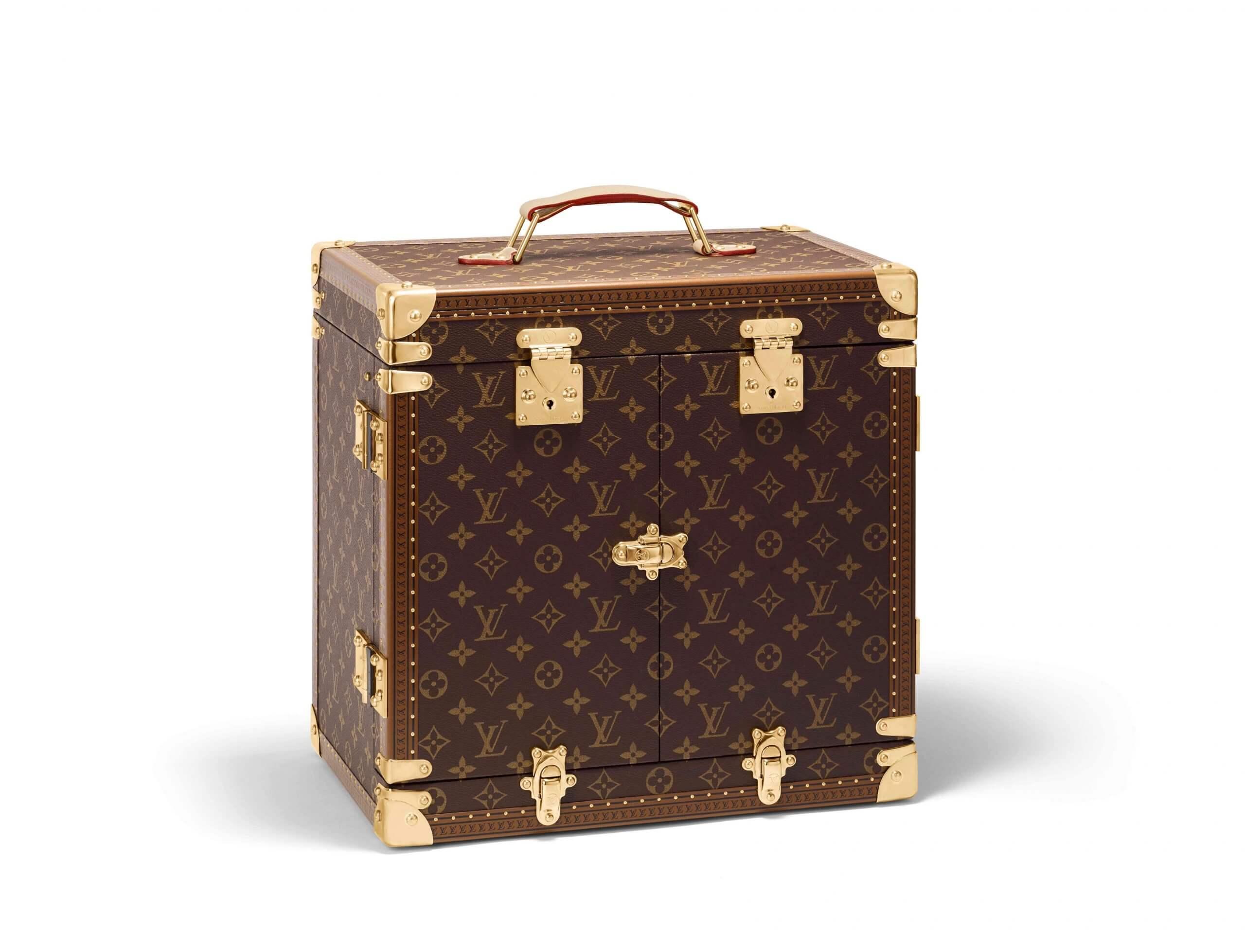 louis vuitton haute parfüm çantası