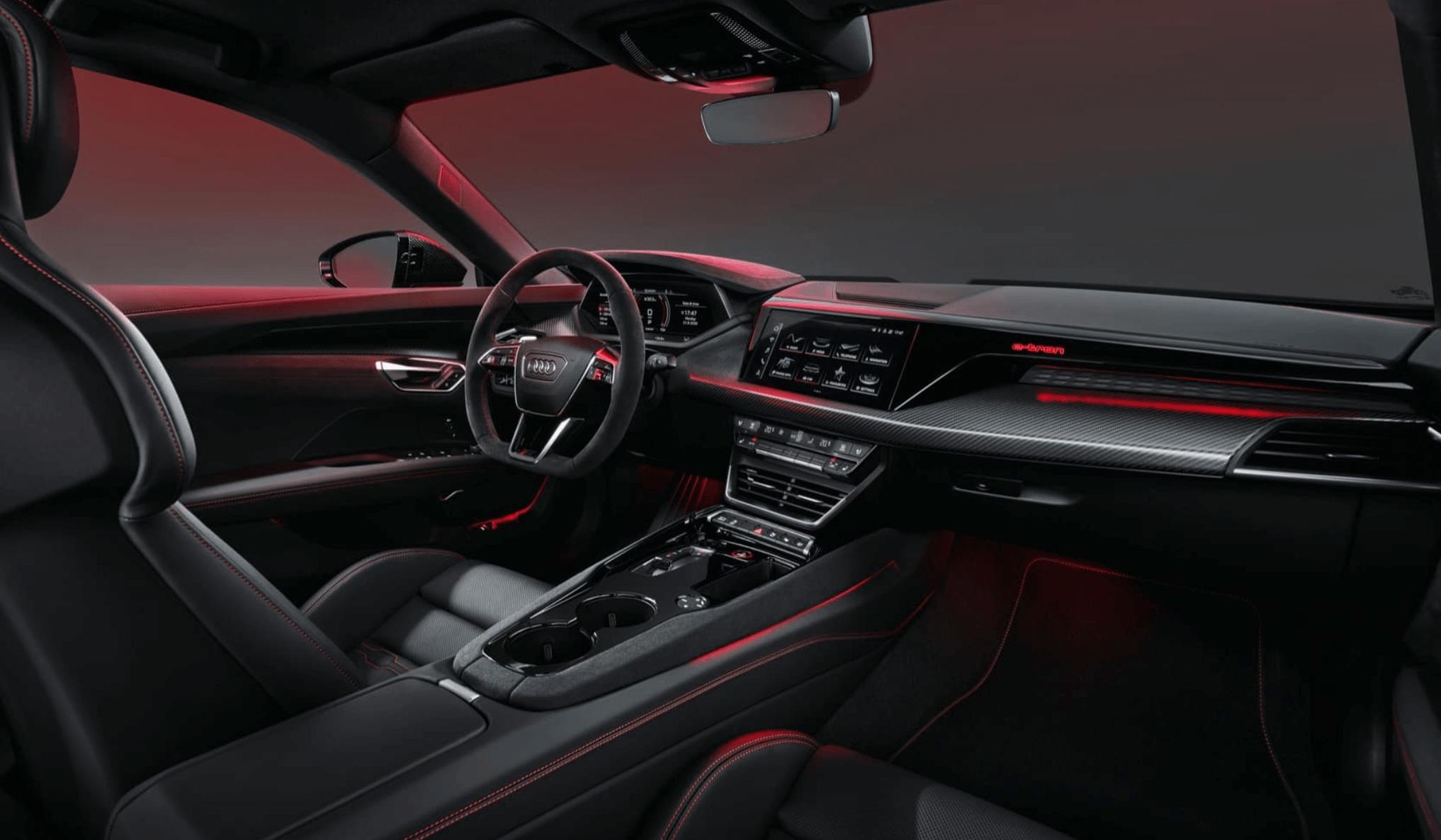 AUDI, ETKİLEYİCİ 2022 E-TRON GT iç tasarım