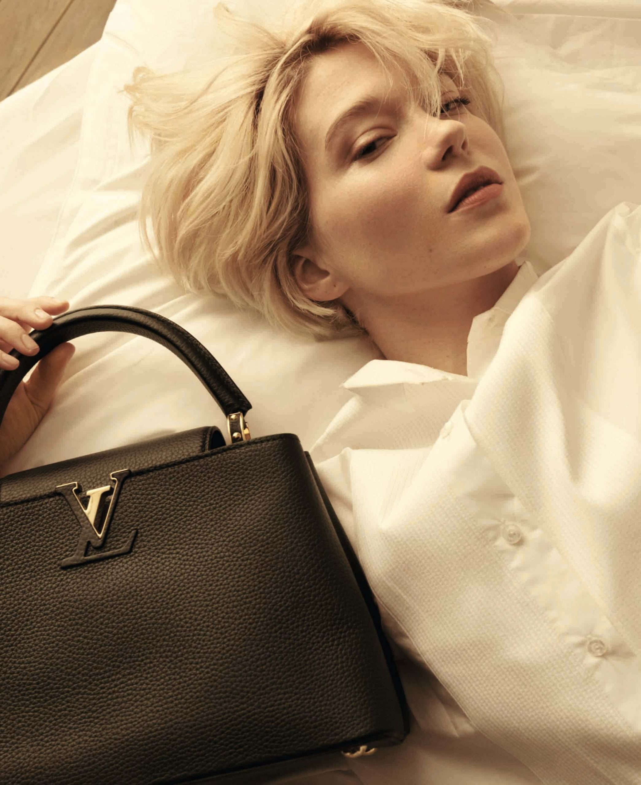 Louis Vuitton, Capucines koleksiyonuna adanmış yeni kampanya foto